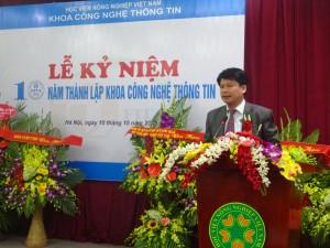 PGS.TS Nguyễn Hải Thanh, nguyên trưởng khoa đầu tiên của khoa CNTT nói lên những tâm tư nguyện vọng của mình khi xây dựng Khoa CNTT