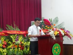 Anh Phan Trọng Tiến, cựu sinh viên K47 lên ôn lại những kỉ niệm là khoá đầu tiên của Khoa