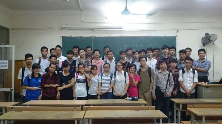 Kết thúc khóa học lập trình căn bản cho sinh viên công nghệ thông tin